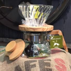 Kit Dripper et cafetière Hario en bois d'Olivier